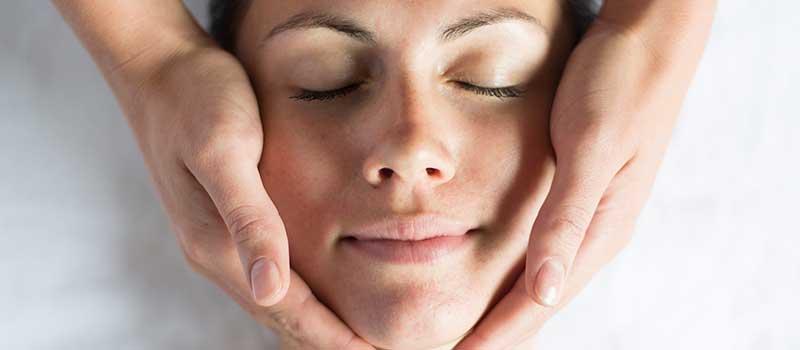 Repose Aromatherapy Facial